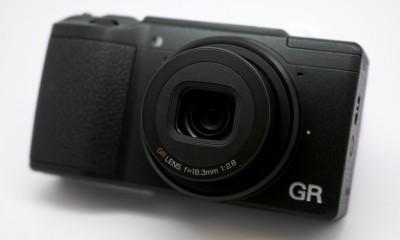 Ricoh-GR-II-Moovely-1-400x240