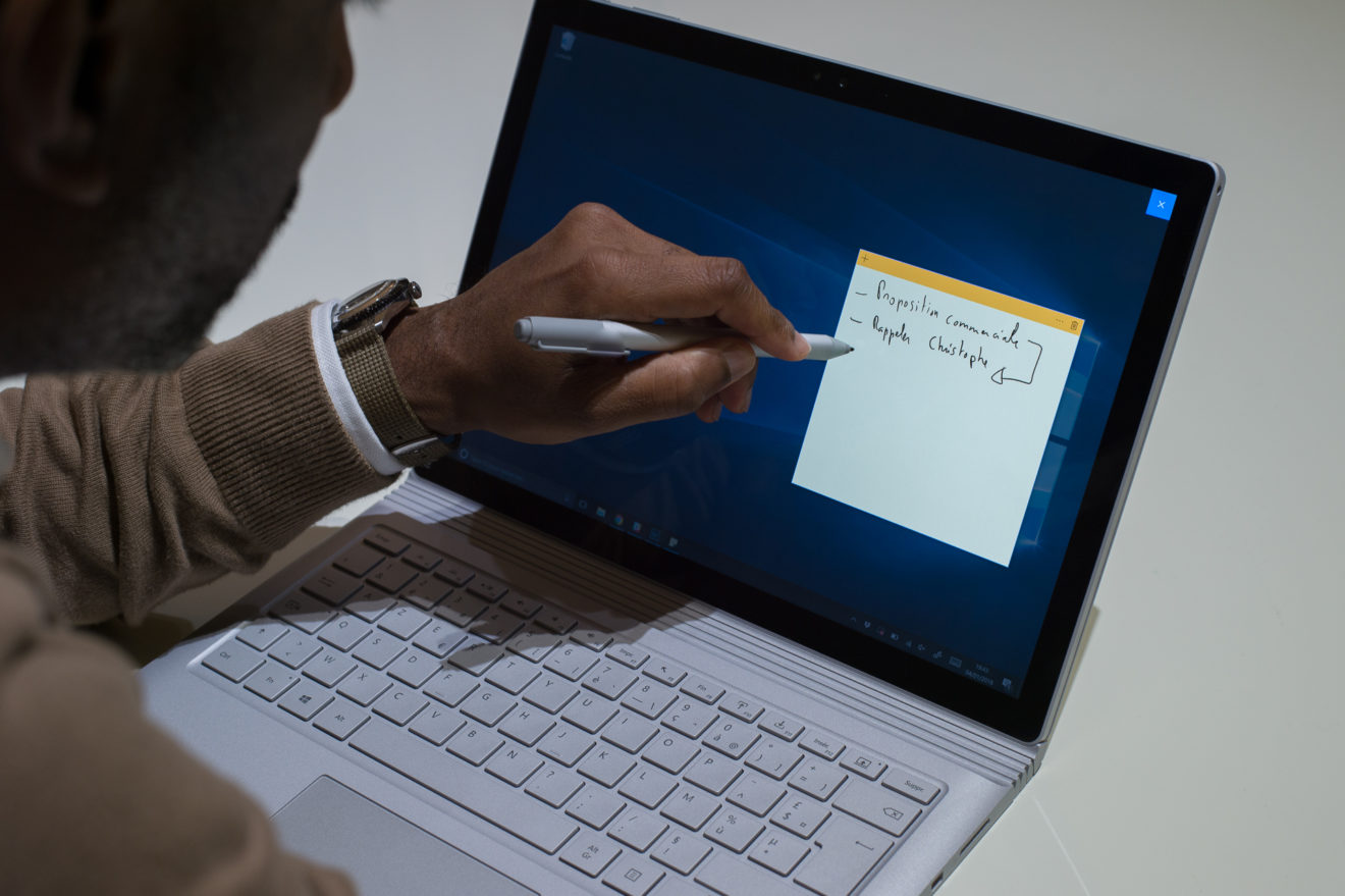 Microsoft_Surface_Book_Moovely-1