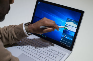 Microsoft_Surface_Book_Moovely-12-380x250