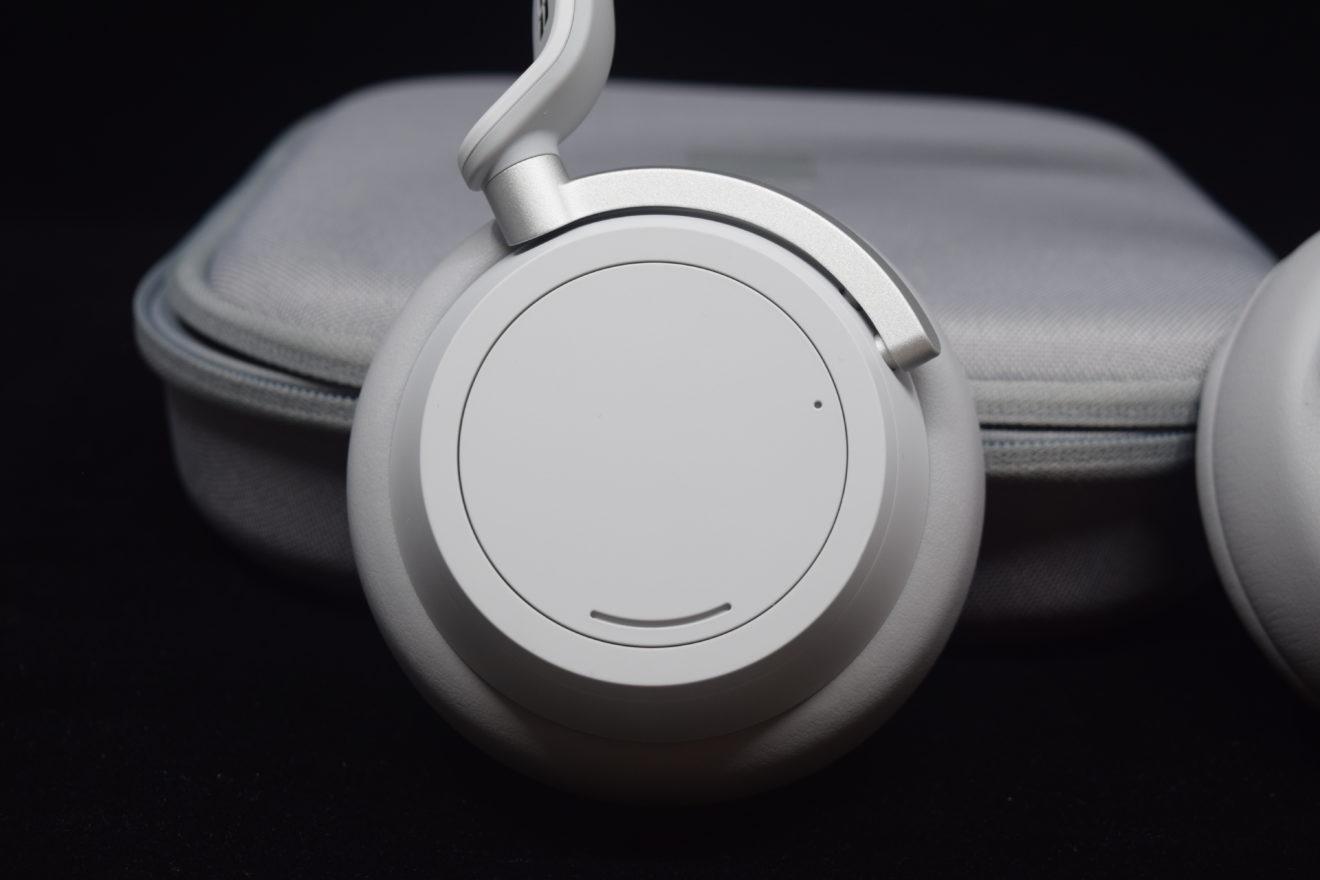 test-surface-headphones-11
